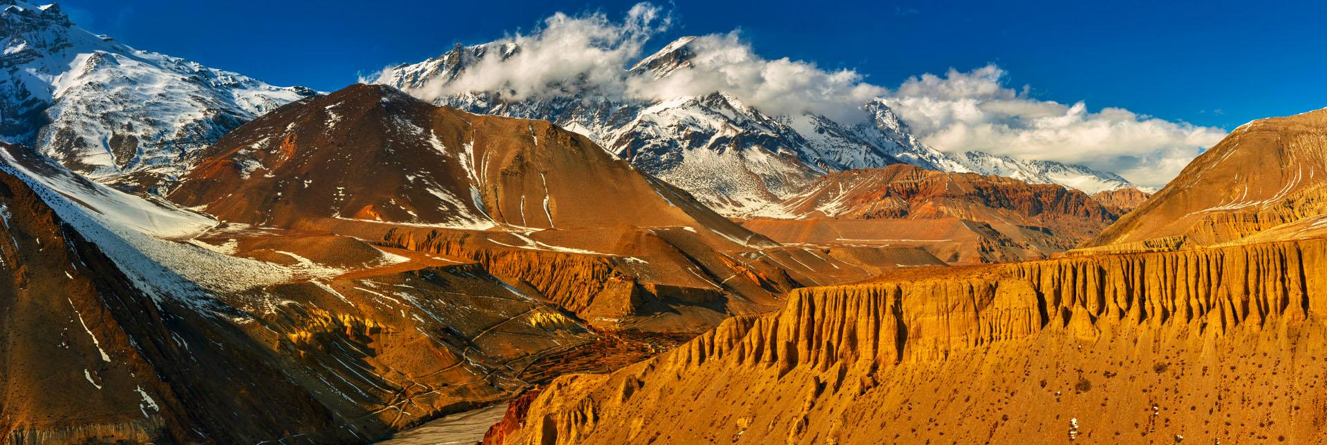 landscape during the upper mustang trek